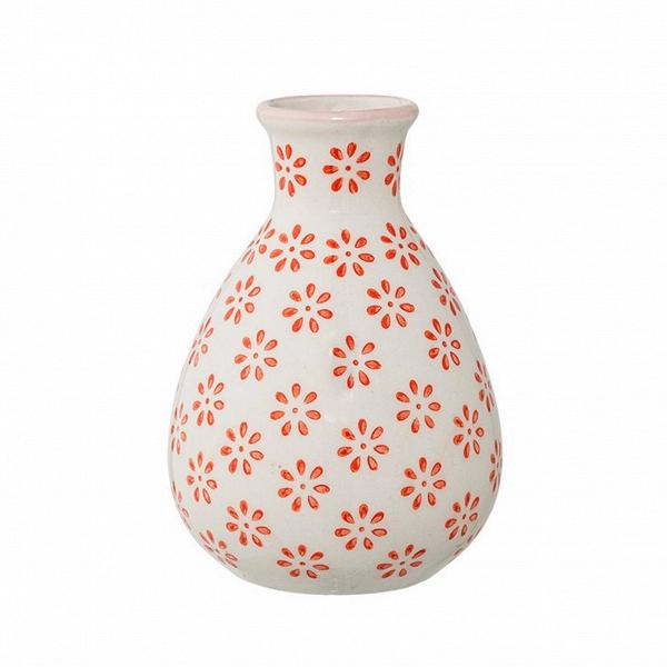 Ваза Bloomingville JagВазы<br><br><br>stock: 1<br>Высота: 11<br>Материал: Керамика<br>Цвет: Белый<br>Диаметр: 6.5<br>Цвет дополнительный: Оранжевый