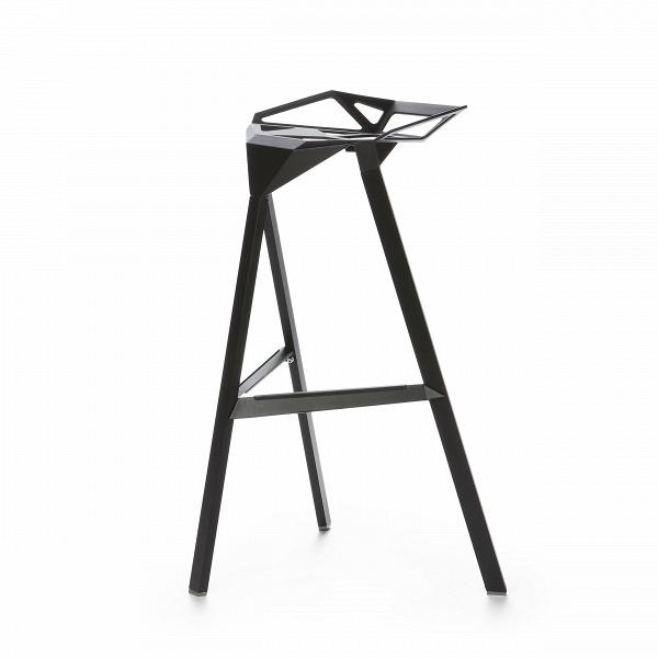 Барный стул OneБарные<br>Дизайнерский креативный барный стул One (Уан) из алюминия на трех ножках от Cosmo (Космо). <br><br>     Легендарный барный стул One отличается стильным и эпатажным внешним видом, при этом он очень удобен в использовании. Литые алюминиевые планки, причудливо соединtнные между собой в практичное сиденье, в своей передней части переходят в каркасную опору из трех широко поставленных ножек. Индустриальный минимализм такого стула неоспорим, но для конструктивного стиля он также превосходно подойдет. Л...<br><br>stock: 25<br>Высота: 82,5<br>Высота сиденья: 77<br>Ширина: 41<br>Глубина: 36<br>Тип материала каркаса: Алюминий<br>Цвет каркаса: Черный<br>Дизайнер: Konstantin Grcic