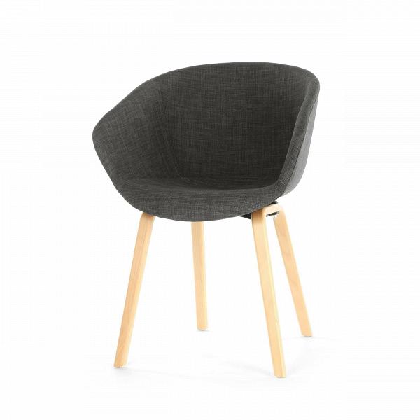 Стул AAC23Интерьерные<br>Очень удобный дизайнерский стул AAC23 будет хорошим вариантом для любой комнаты домашнего интерьера. Изделие создано датским дизайнером Хи Веллингом. Дизайн стула больше напоминает кресло — у него удобная спинка и высокие сплошные подлокотники, благодаря чему достигается максимальный комфорт и психологическое спокойствие. Цветовое решение изделия классическое, оно подойдет даже для строгой обстановки рабочего кабинета.<br><br><br> Стул AAC23 изготовлен из высококачественных материалов, благодар...<br><br>stock: 0<br>Высота: 80<br>Высота сиденья: 45.5<br>Ширина: 60<br>Глубина: 58<br>Цвет ножек: Светло-коричневый<br>Материал ножек: Массив бука<br>Цвет сидения: Черный<br>Тип материала сидения: Ткань<br>Тип материала ножек: Дерево