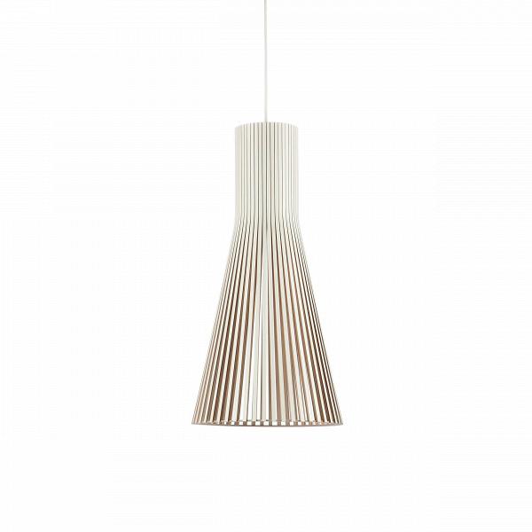 Подвесной светильник Secto 4200Подвесные<br>Компания Secto Design является финским производителем дизайнерских светильников изВдерева, обретающих всемирную известность. Изготавливаемые вручную высококвалифицированными специалистами изВнатуральной древесины березы, они наделены простотой иВчеткостью скандинавского стиля. Торшеры, подвесные светильники иВнастенные бра, аВтакже настольные лампы обеспечивают мягкое свечение иВпридают атмосферность любому помещению.<br><br><br> Подвесной светильник Secto 4200 при...<br><br>stock: 1<br>Высота: 60<br>Диаметр: 30<br>Количество ламп: 1<br>Материал арматуры: Береза<br>Мощность лампы: 40<br>Ламп в комплекте: Нет<br>Напряжение: 220<br>Теплота света: 3000<br>Тип лампы/цоколь: E27<br>Цвет арматуры: Белый<br>Дизайнер: Seppo Koho