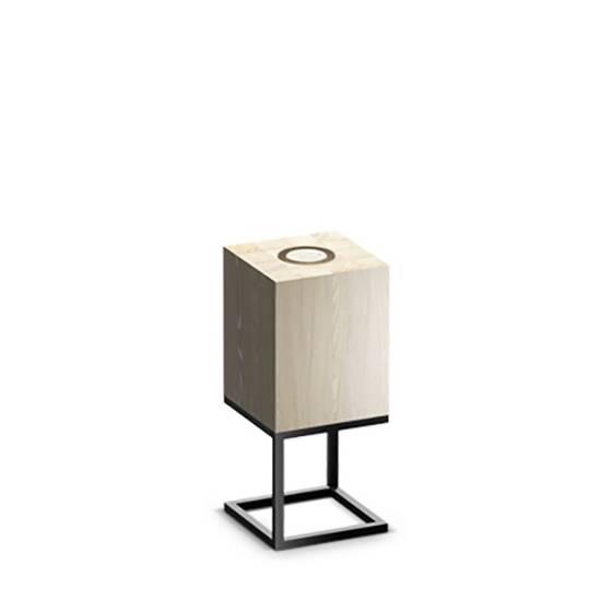 Настольный светильник Cubx S, OakНастольные<br>Настольный светильник Cubх S, Oak самый компактный светильник серии Cubx. Как и все светильники Handy, настольный светильник Cubх S, Oak оснащен светодиодами отличного качества, яркость которых можно варьировать от декоративной ночной подсветки до очень яркого источника дополнительного освещения. Управление яркостью осуществляется переносным деревянным пультом, который примагничивается к корпусу светильника в специальной нише сверху. Пульт можно достать и управлять светильником дистанционно (...<br><br>stock: 0<br>Высота: 45<br>Ширина: 20<br>Длина: 20<br>Длина провода: 300<br>Количество ламп: 1<br>Материал абажура: Дерево<br>Материал арматуры: Металл<br>Мощность лампы: 12<br>Ламп в комплекте: Да<br>Напряжение: 220<br>Степень защиты: 40<br>Теплота света: 3000<br>Тип лампы/цоколь: E27<br>Цвет абажура: Дуб<br>Цвет арматуры: Черный<br>Цвет провода: Черный