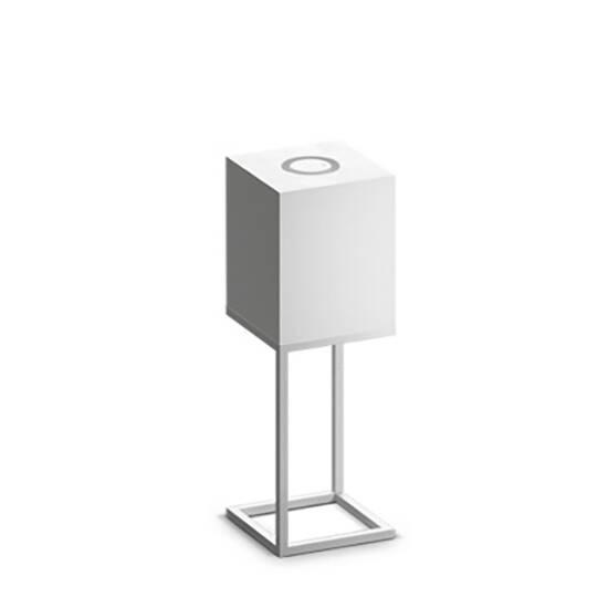 Настольный светильник Cubx M, BoneНастольные<br>Настольный светильник Cubх M, Bone самый компактный светильник серии Cubx. Как и все светильники Handy, настольный светильник Cubх M, Bone оснащен светодиодами отличного качества, яркость которых можно варьировать от декоративной ночной подсветки до очень яркого источника дополнительного освещения. Управление яркостью осуществляется переносным деревянным пультом, который примагничивается к корпусу светильника в специальной нише сверху. Пульт можно достать и управлять светильником дистанционно...<br><br>stock: 0<br>Высота: 60<br>Ширина: 20<br>Длина: 20<br>Длина провода: 300<br>Количество ламп: 1<br>Материал абажура: Дерево<br>Материал арматуры: Металл<br>Мощность лампы: 12<br>Ламп в комплекте: Да<br>Напряжение: 220<br>Степень защиты: 40<br>Теплота света: 3000<br>Тип лампы/цоколь: E27<br>Цвет абажура: Белый<br>Цвет арматуры: Белый<br>Цвет провода: Черный