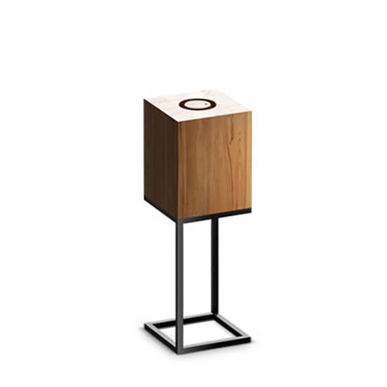 Настольный светильник Cubx M,NutНастольные<br>Настольный светильник Cubх M, Nut самый компактный светильник серии Cubx. Как и все светильники Handy, настольный светильник Cubх M, Nut оснащен светодиодами отличного качества, яркость которых можно варьировать от декоративной ночной подсветки до очень яркого источника дополнительного освещения. Управление яркостью осуществляется переносным деревянным пультом, который примагничивается к корпусу светильника в специальной нише сверху. Пульт можно достать и управлять светильником дистанционно (...<br><br>stock: 0<br>Высота: 60<br>Ширина: 20<br>Длина: 20<br>Длина провода: 300<br>Количество ламп: 1<br>Материал абажура: Дерево<br>Материал арматуры: Металл<br>Мощность лампы: 12<br>Ламп в комплекте: Да<br>Напряжение: 220<br>Степень защиты: 40<br>Теплота света: 3000<br>Тип лампы/цоколь: E27<br>Цвет абажура: Орех<br>Цвет арматуры: Черный<br>Цвет провода: Черный