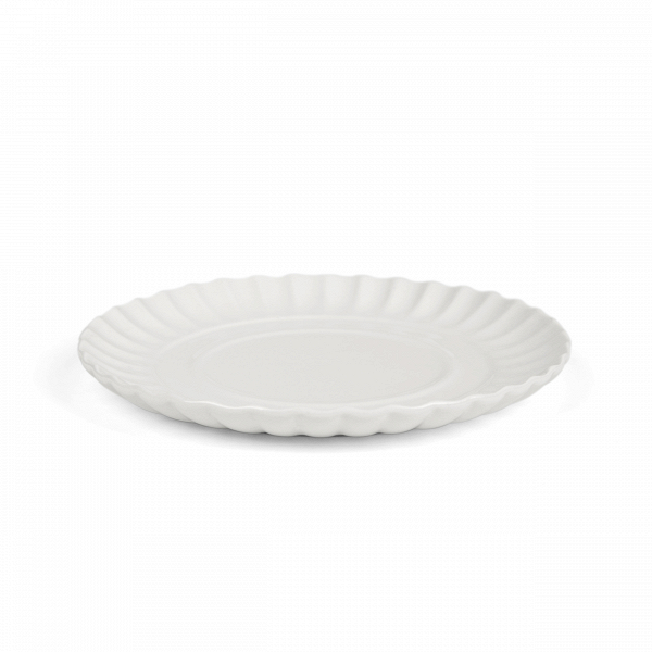 Блюдо Estetico QuotidianoПосуда<br>Блюдо Estetico Quotidiano из коллекции столовой посуды Estetico Quotidiano. Что вВнашей жизни может быть привычнее иВнезаметнее, чем, например, одноразовая посуда или пластиковые бутылки? Разве только посуда вВсобственном доме, наВрисунок которой уже давно неВобращаешь внимания.<br><br><br> Дизайнер Алессандро Дзамбелли совместно с компанией Seletti выпустили коллекцию столовой посуды под названием Estetico Quotidiano, что можно перевести сВитальянского языка к...<br><br>stock: 6<br>Материал: Фарфор<br>Цвет: Белый<br>Диаметр: 18,5