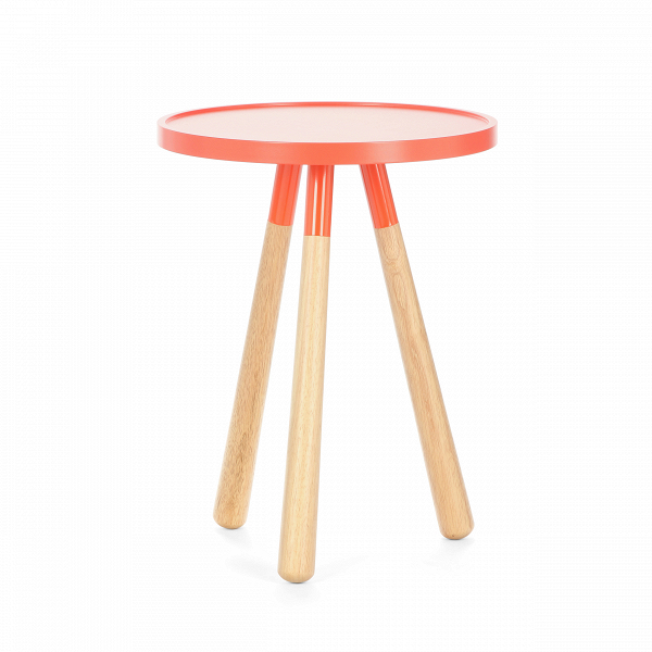 Кофейный стол OrbitКофейные столики<br>Дизайнерский минималистичный круглый кофейный стол Orbit (Орбит) на трех ножках от Present Time (Презент Тайм).<br><br>Кофейный стол Orbit<br>В— это простой, современный, минималистичный пример новой классики.<br><br><br><br>Кофейный оригинальный стол OrbitВ— это стильная оранжевая столешница иВножки изВнатуральной древесины. Его незатейливый дизайн позволяет вписаться вВлюбой интерьер.<br><br>stock: 4<br>Высота: 51<br>Диаметр: 40<br>Цвет ножек: Светло-коричневый<br>Цвет столешницы: Оранжевый<br>Материал столешницы: Ламинированный МДФ<br>Тип материала столешницы: МДФ<br>Тип материала ножек: Дерево