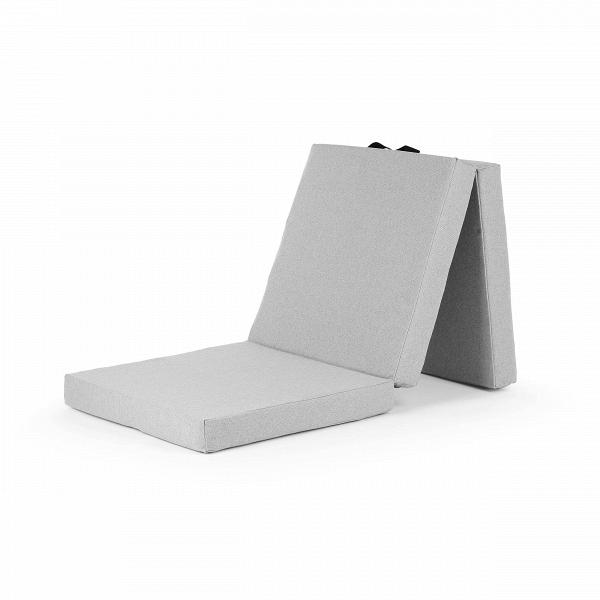 Пуф HandyПуфы и оттоманки<br>Пуф Handy — это удобный «чемодан», легкий иВскладной, это делает его очень популярным воВмногих домах. Функциональный предмет, имеющий несколько применений. Днем вы можете использовать его как подставку для ног, пуф для сидения или игр ваших детей, а вечером — превратить его в матрас для сна, идеально подходящий для внезапно нагрянувшего гостя. <br><br><br> Пуф Handy — разработка команды дизайнеров компании Softline. Датская компания Softline была основана в 1979 году, и ее создате...<br><br>stock: 0<br>Высота: 27<br>Ширина: 63<br>Материал: Ткань<br>Цвет: Светло-серый, Медный<br>Диаметр: 66
