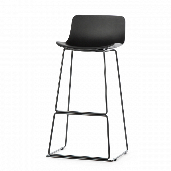 Барный стул NeoБарные<br>Дизайнерский высокий барный стул Neo (Нео) на стальных ножках от Cosmo (Космо). <br><br> Дополните свой интерьер элегантным барным стулом Neo, который идеально подойдет для минималистического дизайна в современном исполнении или помещений в стиле техно, где приветствуется металл и пластик. Утонченный высокий каркас из нержавеющей стали с подставкой для ног и антискользящими насадками надежно удерживает эргономичное сиденье. Его мягкие формы плавно переходят в невысокую спинку, создавая комфортны...<br><br>stock: 14<br>Высота: 100<br>Ширина: 48<br>Глубина: 49<br>Цвет ножек: Черный<br>Цвет сидения: Черный<br>Тип материала сидения: Полипропилен<br>Тип материала ножек: Сталь нержавеющая<br>Дизайнер: Fredrik Mattson