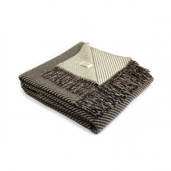 Плед Inca BlendРазное<br>Плед Inca Blend обладает универсальным, спокойным дизайном, который способен легко и гармонично влиться практически в любой интерьер. Изделие создано итальянской компанией Marzotto, которая сконцентрирована на производстве красивейшего домашнего текстиля высокого качества.<br><br><br> Все изделия этой фирмы создаются из лучшего сырья. Эта модель пледа ткется из шерсти и хлопка. Это очень хорошее сочетание для такого покрывала — в нем не будет жарко или душно, но в то же время оно согреет в холо...<br><br>stock: 0<br>Ширина: 130<br>Материал: Хлопок, Шерсть<br>Цвет: Коричневый<br>Длина: 180