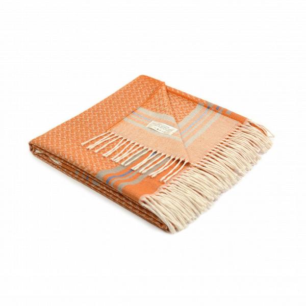 Плед AntiguaРазное<br>Плед Antigua создан популярной итальянской компанией Marzotto. Этот бренд занимается изготовлением текстиля для дома в соответствии с высочайшими стандартами качества. Плед Antigua — это не просто превосходное качество, но и необыкновенно красивый дизайн. Гармоничная цветовая гамма, легкий, приятный взгляду узор и очаровательная бахрома — все это сливается в одно изделие, которое станет потрясающим украшением для домашнего интерьера.<br><br><br> Плед Antigua соткан сразу из нескольких материалов...<br><br>stock: 0<br>Ширина: 130<br>Материал: Хлопок, Шерсть, Альпака<br>Цвет: Оранжевый<br>Длина: 180