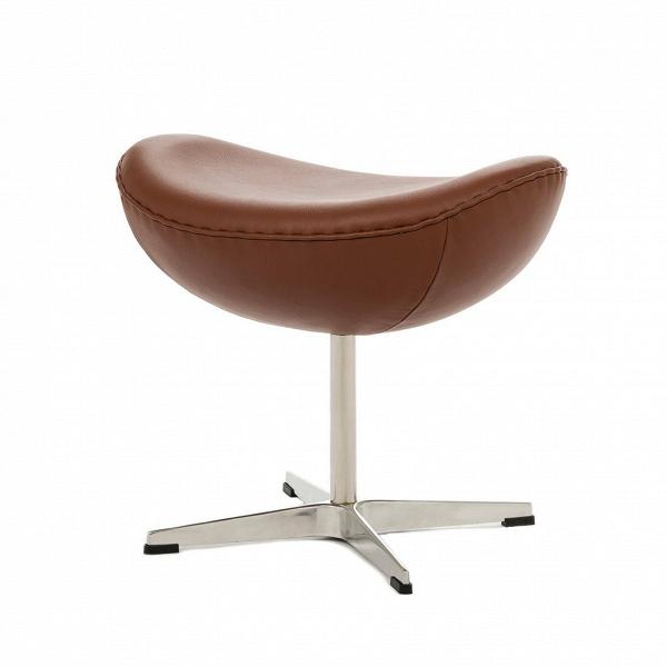Оттоманка EggПуфы и оттоманки<br>Дизайн оттоманки Egg разработал популярный в 60–70-х годах дизайнер датского происхождения Арне Якобсен, который смог объединить в своих творениях своеобразие форм и исключительную эргономичность. Этот предмет мебели является «напарником» кресла Egg, однако может использоваться и самостоятельно благодаря своей вполне независимой конструкции.<br><br><br> Предлагаемая модель оттоманки выполнена в разнообразных — как ярких, так иВнейтральных — цветах, которые будут выгодно смотреться на любо...<br><br>stock: 0<br>Высота: 45,5<br>Ширина: 54<br>Глубина: 38,5<br>Цвет ножек: Анодированный<br>Цвет сидения: Коричневый<br>Тип материала сидения: Кожа<br>Тип материала ножек: Алюминий<br>Дизайнер: Arne Jacobsen