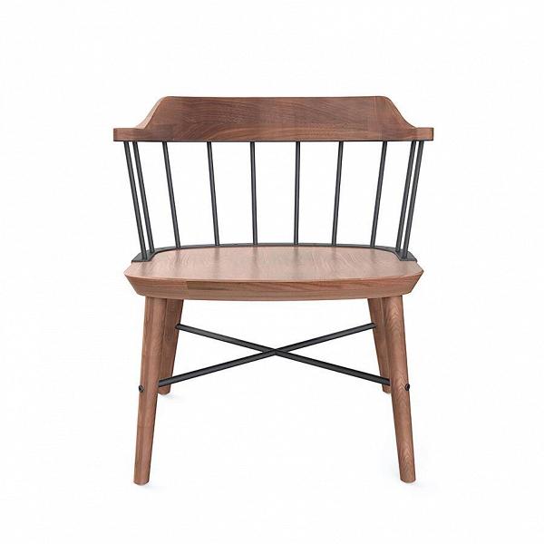 Кресло ExchangeИнтерьерные<br>Кресло Exchange от компании Stellar Works обладает спокойным, приятным дизайном, который привнесет в домашний интерьер атмосферу уюта и комфорта. Хотя сиденье кресла не обито, но тем не менее оно очень удобно. Его также можно «смягчить» и сделать еще более комфортным, если подобрать к нему мягкую и красивую подушку.<br><br><br> Изделие с первого взгляда вызывает доверие, оно изготовлено из высококачественных прочных материалов, которые гарантируют ему долгий срок службы. В первую очередь, это ц...<br><br>stock: 0<br>Высота: 65,5<br>Высота сиденья: 39<br>Ширина: 59,6<br>Глубина: 54,9<br>Цвет спинки: Черный<br>Материал каркаса: Массив ореха<br>Тип материала каркаса: Дерево<br>Тип материала спинки: Сталь<br>Цвет каркаса: Орех
