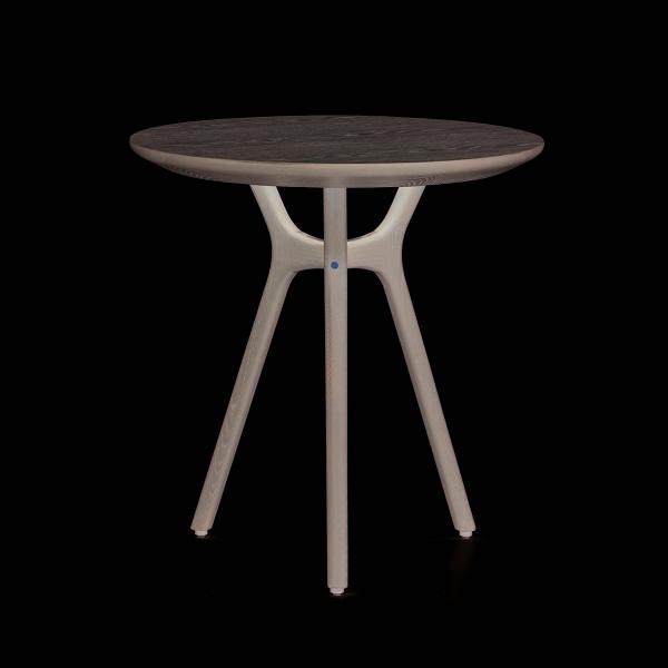Кофейный стол Ren диаметр 54Кофейные столики<br>Простой, привлекательный дизайн этой модели будет прекрасным вариантом украшения любой домашней комнаты. Коллекция Ren от дизайнеров компании Stellar Works представляет собой смешение утонченности и практичности – модели из этой коллекции покоряют своей ненавязчивостью, приятным внешним видом и комфортом. Кофейный стол Ren диаметр 54 воплощает собой все эти качества и прекрасно вписывается в картину современных тенденций в интерьерном дизайне.<br><br><br> Модель изготавливается из массива ясен...<br><br>stock: 0<br>Высота: 55<br>Диаметр: 54<br>Материал каркаса: Массив ясеня<br>Тип материала каркаса: Дерево<br>Цвет каркаса: Серый