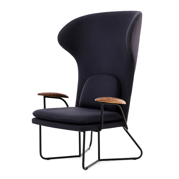 Кресло Chillax с высокой спинкойИнтерьерные<br>Кресло Chillax с высокой спинкой представляет собой чистый комфорт и красоту функционального стиля. Изделие обладает широкой и высокой спинкой и таким же широким сиденьем, которые снабжены дополнительными мягкими подушками – отличный вариант для хорошего, качественного отдыха. Изогнутая спинка словно облегает вас с двух сторон, благодаря чему создается приятное ощущение психологического комфорта.<br><br><br> Каркас изделия имеет надежную форму. Стальная опора кресла устойчива и надежна, что дос...<br><br>stock: 0<br>Высота: 120<br>Высота сиденья: 40<br>Ширина: 80<br>Глубина: 84.7<br>Материал обивки: Шерсть, Нейлон<br>Материал подлокотников: Массив ореха<br>Тип материала каркаса: Сталь<br>Тип материала обивки: Ткань<br>Цвет обивки: Темно-серый<br>Цвет каркаса: Черный