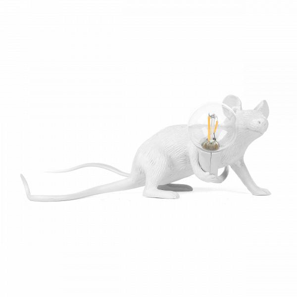 Настольный светильник Mouse Lyie DownНастольные<br>Животный мир дарит массу вдохновения художникам всего мира. Дизайнеры компании Seletti создали коллекцию оригинальных, стилизованных светильников, выполненных в форме различных представителей фауны. Их фигуры совершенно очаровывают, а выражения мордочек словно передают человеческие эмоции. Настольный светильник Mouse Lyie Down – это целое произведение искусства, в которое вложена своя маленькая история.<br><br><br> Задуманный дизайнерами образ был воплощен в смоле, популярном сегодня материале...<br><br>stock: 0<br>Высота: 8,1<br>Ширина: 2,1<br>Длина: 6,2<br>Материал абажура: Смола<br>Цвет абажура: Белый<br>Цвет провода: Белый