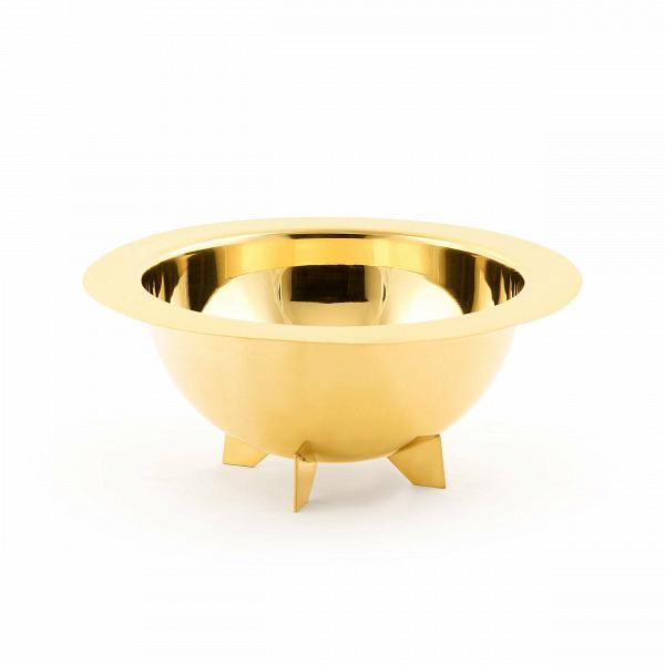 Салатник LunarПосуда<br>Коллекция посуды Lunar от компании Seletti удивляет своим интересным дизайном, роскошной цветовой палитрой и удобством. Салатник Lunar представляет собой полусферу, напоминающую космический спутник. Салатник обладает достаточно большим размером, что очень удобно, если за стол садится большая семья или гости.<br><br><br> Салатник Lunar изготовлен из латуни. Это прочный сплав меди и цинка, который стал чрезвычайно популярным в современных интерьерах. Его используют для создания самых разных предм...<br><br>stock: 4<br>Высота: 14<br>Материал: Латунь<br>Цвет: Золотой<br>Диаметр: 34