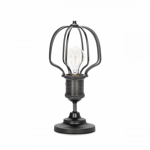 Настольный светильник DeidalosНастольные<br>Дизайнерский черно-серый настольный светильник Deidalos (Дидалос) в стиле лофт от Cosmo (Космо).<br><br><br><br> Настольный светильник Deidalos — это настоящий шедевр нью-йоркского индустриального стиля лофт. Характерные для этого стиля черты — эпатажный внешний вид и особая функциональность — особенно хорошо сочетаются в данном светильнике.<br><br><br> Настольный светильник Deidalos изготовлен из прочной стали черно-серого цвета. Для придания характерной для индустриального стиля грубости сталь имеет ис...<br><br>stock: 2<br>Высота: 25<br>Длина: 12<br>Длина провода: 150<br>Количество ламп: 1<br>Материал абажура: Сталь<br>Мощность лампы: 40<br>Ламп в комплекте: Нет<br>Напряжение: 220<br>Тип лампы/цоколь: E27<br>Цвет абажура: Черно-серый<br>Цвет провода: Черный