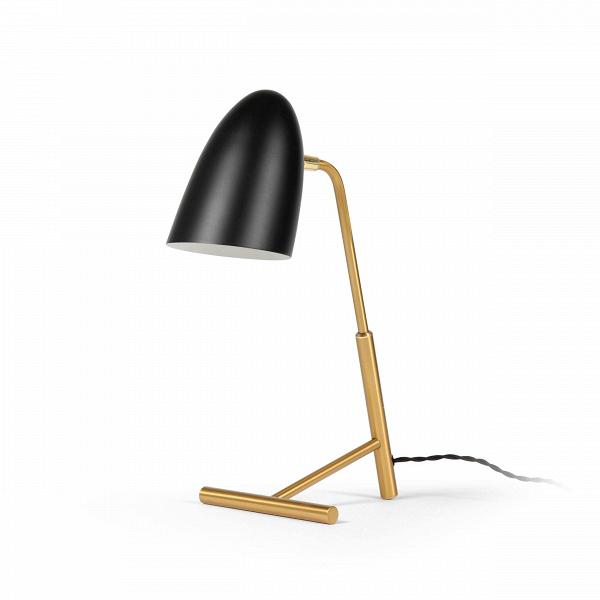 Настольный светильник TrumanНастольные<br>Настольный светильник Truman – это дизайнерское изделие в стиле лофт, обладающее оригинальным дизайном и стильной цветовой гаммой. В интерьере современного типа освещение играет одну из ключевых ролей, оно призвано подчеркнуть большое количество свободного пространства или, наоборот, визуально увеличить небольшую комнату. Дизайн этой модели идеально подходит для таких задач.<br><br><br> Данная модель, как и многие элементы лофт-интерьера, изготовлена из алюминия. Это надежный и практичный матери...<br><br>stock: 0<br>Высота: 44.5<br>Диаметр: 15<br>Материал абажура: Алюминий<br>Материал арматуры: Металл<br>Цвет абажура: Черный<br>Цвет арматуры: Латунь