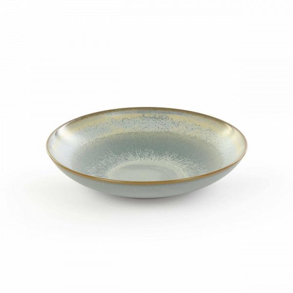 Тарелка Auberge диаметр 16Посуда<br>Посуда в восточном стиле способна преобразить всю обстановку и превратить обычный прием пищи в маленькую церемонию. Коллекция Auberge представляет собой прекрасный набор из посуды, обладающей утонченным дизайном и выполненной в умиротворяющей цветовой гамме.<br><br><br> В коллекцию Auberge входят сосуды самого разного назначения – тарелки для супа, для салата, емкости для соусов и даже кувшины. Особое значение создатели придали материалу, из которого изготавливается набор, это экологически чис...<br><br>stock: 52<br>Высота: 3<br>Материал: Глина<br>Цвет: Синий<br>Диаметр: 16