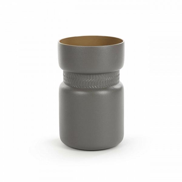 Ваза Tactile высота 27,8Вазы<br>Коллекция Tactile сочетает в себе черты скандинавского минимализма и яркую геометрию японского стиля. Изделия этой коллекции отличаются необыкновенной красотой пропорций и аккуратного, «тактильного» узора. Все модели выполнены в завораживающих шоколадных оттенках.<br><br><br> Коллекция Tactile включает в себя изящные модели тарелок и мисок, вазы, чашки и другие принадлежности, способные украсить собой любой обеденный стол. Внутренняя полость сосудов идеально гладкая и очень красиво сочетается с ...<br><br>stock: 90<br>Высота: 27,8<br>Материал: Глина<br>Цвет: Темно-серый<br>Диаметр: 17,8