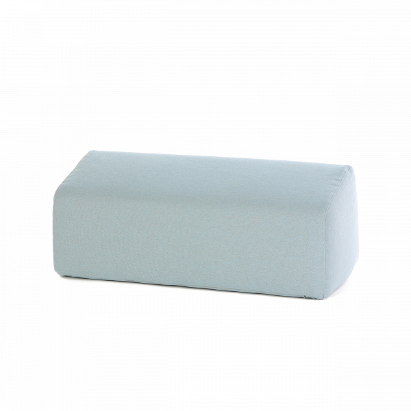 Подушка EmmaДекоративные подушки<br>Лаконичная дизайнерская подушка Emma (Эмма) идеально подходит для диванов и кушеток в стиле минимализм, хай-тек, функционализм, геометрия и других смежных направлений. Модель обладает удобной формой и компактными размерами.<br><br><br> Ткань подушки состоит из хлопка и полиэстера – это прекрасное сочетание, которое наилучшим образом гармонирует с домашней обстановкой. Ткань прочная и износостойкая, не требует особенного ухода, и ее довольно легко чистить.<br><br><br> Оригинальная подушка Emma – настоя...<br><br>stock: 2<br>Высота: 32<br>Глубина: 46<br>Материал: Хлопок, Полиэстер<br>Цвет: Светло-голубой<br>Длина: 80