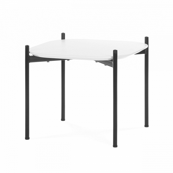Кофейный стол Lindholm квадратныйКофейные столики<br>Миниатюрный дизайнерский кофейный стол Lindholm квадратный представляет собой компактное и практичное изделие, которое можно установить в любой комнате. Эту модель можно использовать для журналов, для утреннего чаепития и даже для небольших фуршетов во время посиделок с друзьями. Кроме того, на столик можно ставить цветочные вазы и декоративные элементы.<br><br><br> Изделие привлекает ярким контрастом цветов, который так популярен в современном дизайне. Материалы для его изготовления тоже выбран...<br><br>stock: 15<br>Высота: 40<br>Ширина: 50<br>Длина: 50<br>Цвет ножек: Черный<br>Цвет столешницы: Белый<br>Материал столешницы: Ламинированный МДФ<br>Тип материала столешницы: МДФ<br>Тип материала ножек: Сталь