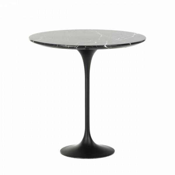 Кофейный стол Tulip с мраморной столешницей высота 52Кофейные столики<br>Дизайнерский кофейный круглый стол Tulip (Тулип) высота 52 с мраморной столешницей на одной ножке от Cosmo (Космо).<br><br><br> УВкаждого знаменитого дизайнера прошлого столетия есть своя «формула вечного дизайна», аВзначит, есть иВпроизведения дизайнерского искусства, которые уже много лет неВвыходят изВмоды, неВтеряют своей актуальности иВвостребованы поВсей день. Оригинальный стол Tulip как раз был разработан при помощи такой формулы, которую вывел Ээро...<br><br>stock: 6<br>Высота: 52,5<br>Диаметр: 52<br>Цвет ножек: Черный матовый<br>Цвет столешницы: Черный<br>Материал столешницы: Мрамор китайский<br>Тип материала столешницы: Мрамор<br>Тип материала ножек: Алюминий<br>Дизайнер: Eero Saarinen
