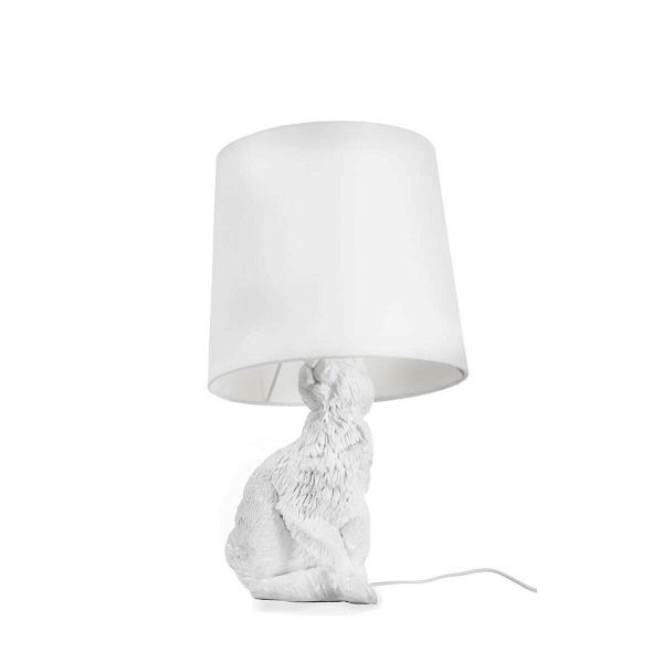 Настольный светильник RabbitНастольные<br>Дизайнерский настольный светильник Rabbit (Рэббит) в форме кролика от Cosmo (Космо).<br><br> Привнесите в ваш интерьер нотку юмора! Забавный, причудливый, но при этом очень практичный настольный светильник Rabbit оживит любую комнату. Пластиковое основание светильника выполнено в форме милого зверька кролика, который словно спрятался и замер под абажуром. Найдут или не найдут? Заметят или нет?<br><br><br> Светильник представляет собой воспроизведение работы шведской дизайнерской группы Front, котор...<br><br>stock: 0<br>Высота: 54<br>Диаметр: 29<br>Количество ламп: 1<br>Материал абажура: Ткань<br>Материал арматуры: Пластик<br>Ламп в комплекте: Нет<br>Напряжение: 220<br>Тип лампы/цоколь: E14<br>Цвет абажура: Белый<br>Цвет арматуры: Белый<br>Дизайнер: Front