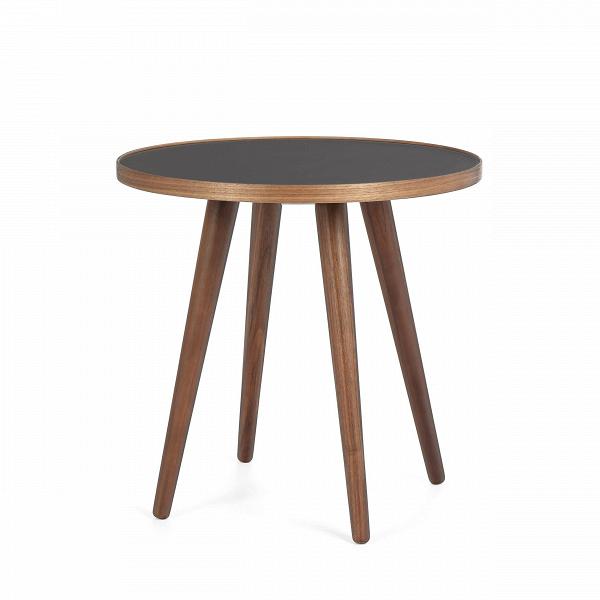 Кофейный стол Sputnik высота 40 диаметр 41Кофейные столики<br>Простые иВчистые линии, интегрированные вВваш интерьер. Классическая столешница вВформе круга добавляет красоты иВизящества этому столу, который сочетается с разнообразными вариантами интерьерных стилей иВможет быть использован как вВдомах, так иВофисах. Четыре ножки отВстола вкручиваются вВстолешницу без специальных инструментов.<br><br><br> Кофейный стол Sputnik высота 40 диаметр 41, творение американского дизайнера с мировым именем Шона Дикса, обл...<br><br>stock: 3<br>Высота: 40<br>Диаметр: 40.6<br>Цвет ножек: Орех американский<br>Цвет столешницы: Черный<br>Материал ножек: Массив ореха<br>Тип материала столешницы: Меламин<br>Тип материала ножек: Дерево<br>Дизайнер: Sean Dix