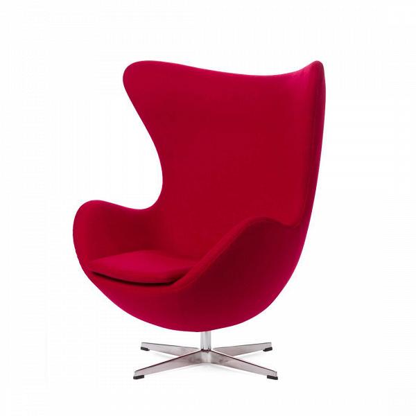 Кресло EggИнтерьерные<br>Дизайнерское комфортное кресло Egg (Эгг) в форме яйца на узкой ножке от Cosmo (Космо).<br><br><br> Кресло, своими очертаниями напоминающее яйцо, — одно из самых известных творений датского дизайнера Арне Якобсена. Вряд ли оно когда-нибудь выйдет из моды — уж слишком велик диапазон его интерьерных возможностей. Кроме того, обыгрывать данную форму помогают различные фактуры и цвета обивок.<br><br><br> Особенно приятно и солидно смотрится оригинальное кресло Egg в обивке из натуральной кожи, представлен...<br><br>stock: 0<br>Высота: 105,5<br>Высота сиденья: 41<br>Ширина: 87<br>Глубина: 82<br>Цвет ножек: Хром<br>Материал обивки: Шерсть, Нейлон<br>Коллекция ткани: B Fabric<br>Тип материала обивки: Ткань<br>Тип материала ножек: Алюминий<br>Цвет обивки: Вишня<br>Дизайнер: Arne Jacobsen