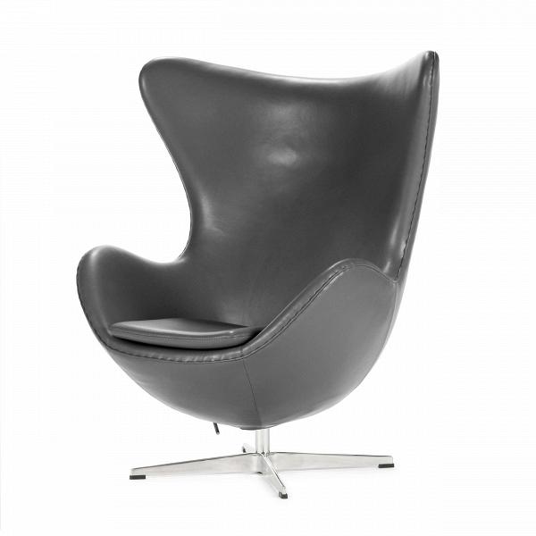 Кресло EggИнтерьерные<br>Дизайнерское комфортное кресло Egg (Эгг) в форме яйца на узкой ножке от Cosmo (Космо).<br><br><br> Кресло, своими очертаниями напоминающее яйцо, — одно из самых известных творений датского дизайнера Арне Якобсена. Вряд ли оно когда-нибудь выйдет из моды — уж слишком велик диапазон его интерьерных возможностей. Кроме того, обыгрывать данную форму помогают различные фактуры и цвета обивок.<br><br><br> Особенно приятно и солидно смотрится оригинальное кресло Egg в обивке из натуральной кожи, представлен...<br><br>stock: 2<br>Высота: 105,5<br>Высота сиденья: 41<br>Ширина: 87<br>Глубина: 82<br>Цвет ножек: Хром<br>Коллекция ткани: Harry Leather<br>Тип материала обивки: Кожа<br>Тип материала ножек: Алюминий<br>Цвет обивки: Темно-серый<br>Дизайнер: Arne Jacobsen