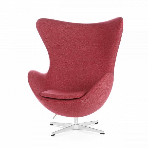 Кресло EggИнтерьерные<br>Дизайнерское комфортное кресло Egg (Эгг) в форме яйца на узкой ножке от Cosmo (Космо).<br><br><br> Кресло, своими очертаниями напоминающее яйцо, — одно из самых известных творений датского дизайнера Арне Якобсена. Вряд ли оно когда-нибудь выйдет из моды — уж слишком велик диапазон его интерьерных возможностей. Кроме того, обыгрывать данную форму помогают различные фактуры и цвета обивок.<br><br><br> Особенно приятно и солидно смотрится оригинальное кресло Egg в обивке из натуральной кожи, представлен...<br><br>stock: 0<br>Высота: 105,5<br>Высота сиденья: 41<br>Ширина: 87<br>Глубина: 82<br>Цвет ножек: Хром<br>Материал обивки: Шерсть, Нейлон<br>Коллекция ткани: B Fabric<br>Тип материала обивки: Ткань<br>Тип материала ножек: Алюминий<br>Цвет обивки: Бургунди<br>Дизайнер: Arne Jacobsen