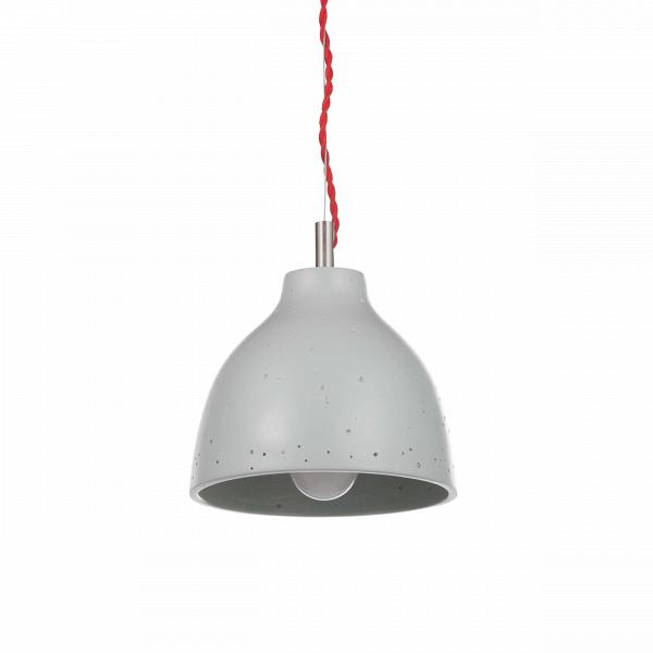 Подвесной светильник Grain диаметр 17Подвесные<br>«Дизайнерский светильник в стиле лофт» — ну очень популярный запрос в поисковых сетях. Но зачем искать где-то еще, если подобрать отличнейший вариант можно в Cosmo? <br> <br> Подвесной светильник Grain диаметр 17 воплощаетВвсеВсовременныеВтренды стиля лофт: правильная геометрия, приглушенные цвета, небольшой отголосокВгранжа и минимализм в деталях. Особый стилистический эффект несет текстура абажура — на его глянцевой поверхности есть крохотные вмятины, которые в некотором род...<br><br>stock: 13<br>Высота: 150<br>Диаметр: 17<br>Количество ламп: 1<br>Материал абажура: Полистоун<br>Мощность лампы: 13<br>Ламп в комплекте: Нет<br>Напряжение: 220<br>Тип лампы/цоколь: E27<br>Цвет абажура: Серый