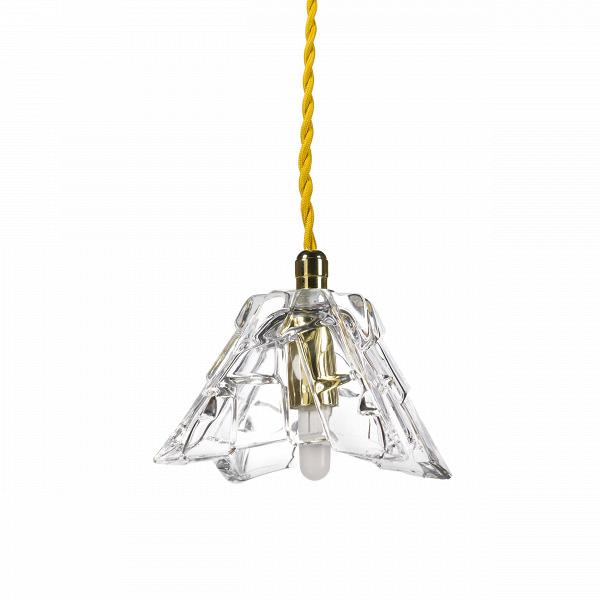 Подвесной светильник Ridge CrystalПодвесные<br>«А что, позвольте поинтересоваться, за хрустальная вазаВзабыла у вас на потолке? И почему ко всему прочему она светит?» А потому, что дизайнерыВподвесного светильника Ridge Crystal — большие виртуозы в своем деле. Материал, цвет, объемный узор — все это прямая отсылка к хрустальным вазам, которые по-прежнему хранятся у многих из нас. Но глядя на них никто не ожидал, что из них вышел бы отличный дизайнерский светильник. Свет, проходящий сквозь стенки изделия, изящно преломляется в гр...<br><br>stock: 3<br>Высота: 180<br>Диаметр: 11<br>Количество ламп: 1<br>Материал абажура: Стекло<br>Мощность лампы: 2<br>Ламп в комплекте: Нет<br>Напряжение: 220<br>Тип лампы/цоколь: G9<br>Цвет абажура: Прозрачный