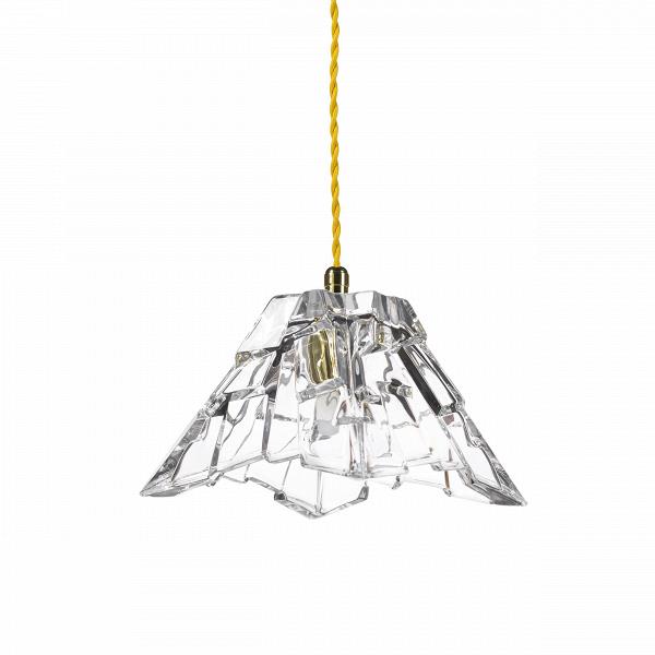 Подвесной светильник Crystal PeakПодвесные<br>«А что, позвольте поинтересоваться, ваза забыла у вас на потолке? И почему ко всему прочему она светит?»<br> <br> А потому, что дизайнерыВподвесного светильника Crystal PeakВ — большие виртуозы в своем деле. Материал, цвет, объемный узор — все это прямая отсылка к хрустальным вазам, которые по-прежнему хранятся у многих из нас. Но глядя на них никто не ожидал, что из них вышел бы отличный дизайнерский светильник! Свет, проходящий сквозь стенки изделия, изящно преломляется в гранях рисун...<br><br>stock: 22<br>Высота: 180<br>Диаметр: 16<br>Количество ламп: 1<br>Материал абажура: Стекло<br>Мощность лампы: 2<br>Ламп в комплекте: Нет<br>Напряжение: 220<br>Тип лампы/цоколь: G9<br>Цвет абажура: Прозрачный