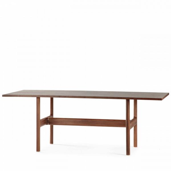 Обеденный стол TrestleОбеденные<br>Дизайнерская деревянный обеденный стол Trestle классической формы от Cosmo (Космо).<br>         Опора и столешница из натурального дерева естественных оттенков — сложно придумать более точное воплощение скандинавского минимализма, чем этот стол. Его дизайн навеян простейшими инструментами — козлами и верстаком, издревле стоявшими в мастерских у ремесленников. Утилитарность без излишеств — вот философия его создателей.<br><br><br>         Скандинавские дизайнеры не зря так любят дерево (чего только он...<br><br>stock: 0<br>Высота: 73<br>Ширина: 90<br>Длина: 200<br>Цвет ножек: Орех американский<br>Цвет столешницы: Орех американский<br>Материал ножек: Массив ореха<br>Материал столешницы: Фанера, шпон ореха<br>Тип материала столешницы: Фанера<br>Тип материала ножек: Дерево