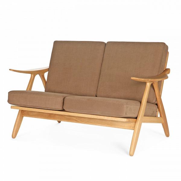 Диван Oliviano длина 133Двухместные<br>Дизайнерский удобный тканевый диван Oliviano (Оливиано) длина 133 с деревянным каркасом и подлокотниками от Cosmo (Космо).<br><br><br> Выбор дивана определяет комфортность и уют всего помещения и играет главную роль в интерьере гостиной комнаты. Поэтому так важно подобрать диван, который подойдет именно к вашему дому.<br><br><br> Невероятно теплый и уютный дизайнерский диван Oliviano длина 133 гармонично сочетает в себе классическую лаконичную форму и удачно подобранный материал с приятной мягкой фак...<br><br>stock: 2<br>Высота: 81,5<br>Глубина: 82,5<br>Длина: 133<br>Материал каркаса: Массив дуба<br>Материал обивки: Хлопок, Лен<br>Тип материала каркаса: Дерево<br>Коллекция ткани: Ray Fabric<br>Тип материала обивки: Ткань<br>Цвет обивки: Светло-коричневый<br>Цвет каркаса: Дуб