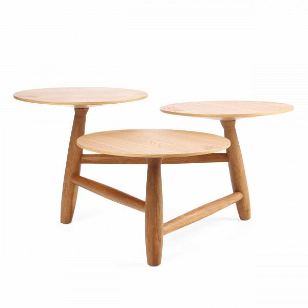 Кофейный стол Tripod высота 40Кофейные столики<br>Дизайнерский кофейный стол Tripod (Трайпод) с высотой 40 см из дерева от Cosmo (Космо).<br><br><br> Данная модель — один из кофейных столов Tripod от именитого американского дизайнера Шона Дикса. Дикс родился в США, но заВгоды своего становления в качестве дизайнера успел сменить немало стран и, используя их культурное наследие, создал свой неповторимый дизайнерский стиль.<br> <br> Красивый эклектичный дизайн кофейного стола Tripod высота 40 идеально дополнит любой интерьер в современном стиле, ст...<br><br>stock: 4<br>Высота: 40<br>Ширина: 77,2<br>Длина: 83<br>Цвет ножек: Светло-коричневый<br>Цвет столешницы: Светло-коричневый<br>Материал ножек: Массив дуба<br>Материал столешницы: Фанера, шпон дуба<br>Тип материала столешницы: Фанера<br>Тип материала ножек: Дерево<br>Дизайнер: Sean Dix