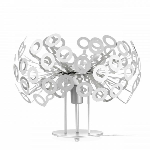 Настольная лампа DandelionНастольные<br>Дизайнерский настольный светильник Dandelion (Данделион) на трех ножках из алюминия от Cosmo (Космо).<br><br>stock: 0<br>Высота: 45<br>Ширина: 40<br>Диаметр: 40<br>Количество ламп: 1<br>Материал абажура: Алюминий<br>Ламп в комплекте: Нет<br>Напряжение: 220<br>Тип лампы/цоколь: E27<br>Цвет абажура: Серебряный<br>Дизайнер: Richard Hutten