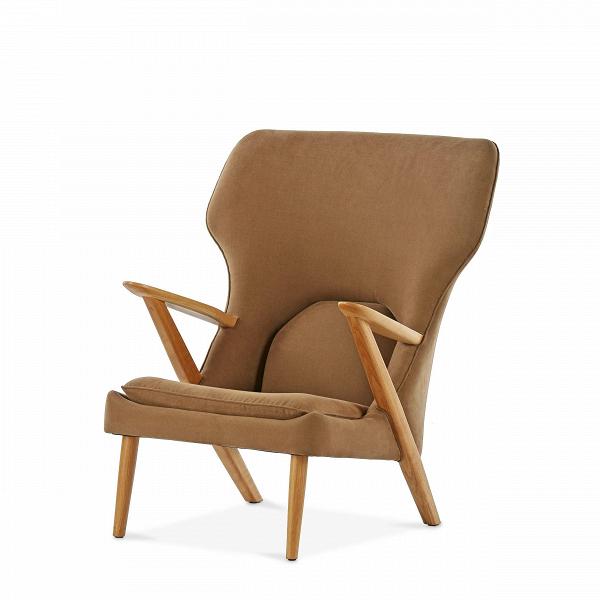 Кресло Little BearИнтерьерные<br>Дизайнерское легкое комфортное кресло Little Bear (Литл Бир) с широкой спинкой и деревянным каркасом от Cosmo (Космо).<br><br><br> Датчанина Ханса Вегнера по праву можно величать королем стульев — за всю жизнь он спроектировал их около пятисот. ЕгоВтворения входят в коллекцию всех музеев современного искусства, от Центра Помпиду до MoMA, на кресле «Бык» сидит Доктор Зло в «Остине Пауэрсе», в креслах Вегнера вели дебаты Кеннеди и Никсон и снимался Дмитрий Медведев.<br><br><br> Вегнер, верный птен...<br><br>stock: 2<br>Высота: 94<br>Высота сиденья: 37<br>Ширина: 82,5<br>Глубина: 87<br>Материал каркаса: Массив дуба<br>Материал обивки: Хлопок, Лен<br>Тип материала каркаса: Дерево<br>Коллекция ткани: Ray Fabric<br>Тип материала обивки: Ткань<br>Цвет обивки: Светло-коричневый<br>Цвет каркаса: Дуб<br>Дизайнер: Hans Wegner