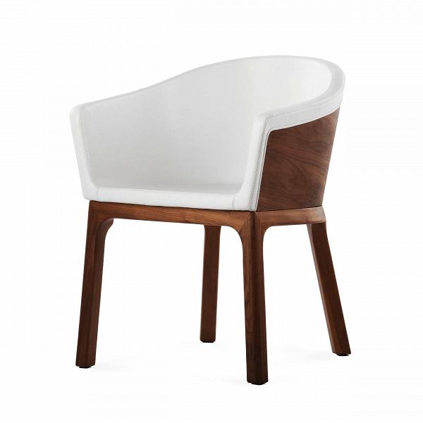 Кресло PalettaИнтерьерные<br>Дизайнерское легкое кресло Paletta (Палетта) на длинных деревянных ножках с закругленной спинкой от Cosmo (Космо).<br><br><br> Мастер функционального дизайна Шон Дикс делает универсальную мебель, которую можно поставить в любом пространстве, будь то небольшая уютная гостиная, шикарное лобби отеля или строгая приемная в офисе. Вот и свое кресло Paletta («кресло-ложечку», именно так с итальянского переводится название) он придумал в качестве идеального предмета мебели дляВлюбого интерьера.<br><br>...<br><br>stock: 0<br>Высота: 74,5<br>Высота сиденья: 45<br>Ширина: 62<br>Глубина: 57,5<br>Цвет ножек: Орех американский<br>Материал каркаса: Фанера, шпон ореха<br>Материал ножек: Массив ореха<br>Тип материала каркаса: Фанера<br>Коллекция ткани: Harry Leather<br>Тип материала обивки: Кожа<br>Тип материала ножек: Дерево<br>Цвет обивки: Белый<br>Цвет каркаса: Орех американский<br>Дизайнер: Sean Dix