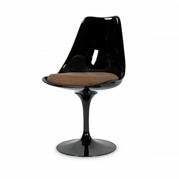 Стул TulipИнтерьерные<br>Дизайнерский стул Tulip (Тьюлип) из стекловолокна на алюминиевой ножке от Cosmo (Космо).<br><br> Стул Tulip — это один из самых знаменитых предметов мебели, он был разработан в 1958 году Ээро Саариненом. Поистине футуристический дизайн и классика модерна. Первый в мире одноногий стул изменил будущее дизайна мебели. Формой стул напоминает бокал или, как видно из названия, — тюльпан. Уникальное основание постамента обеспечивает устойчивость и выглядит эстетически привлекательным. Избавив стул от тр...<br><br>stock: 0<br>Высота: 81<br>Высота сиденья: 46<br>Ширина: 49,5<br>Глубина: 53<br>Цвет ножек: Черный глянец<br>Механизмы: Поворотная функция<br>Тип материала каркаса: Стекловолокно<br>Материал сидения: Хлопок, Лен<br>Цвет сидения: Светло-коричневый<br>Тип материала сидения: Ткань<br>Коллекция ткани: Ray Fabric<br>Тип материала ножек: Алюминий<br>Цвет каркаса: Черный глянец<br>Дизайнер: Eero Saarinen