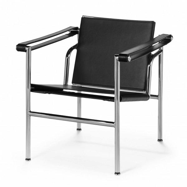 Кресло LC1Интерьерные<br>Дизайнерское черное стильное кресло LC1 (ЛС1) с обивкой из искусственной кожи от Cosmo (Космо) купить.<br><br>Оригинальное кресло LC1 спроектировано Ле Корбюзье совместно с Шарлоттой Перьен и его братом Пьером Жаннере в 1928 году. Впервые представлено на Salon d Automne в Париже в 1929 году. Находится в коллекции Музея современного искусства (MoMA). <br> В <br> Каркас из стальных полированных или никелированных трубок, сиденье и спинка обтянуты кожей. Подвижная спинка в различных положениях д...<br><br>stock: 0<br>Высота: 64<br>Высота сиденья: 38,5<br>Ширина: 61<br>Глубина: 64,5<br>Цвет ножек: Хром<br>Материал обивки: Кожа искусственная<br>Тип материала обивки: Поливинилхлорид<br>Тип материала ножек: Сталь нержавеющая<br>Цвет обивки: Черный<br>Дизайнер: 6735<br>Дизайнер: 265