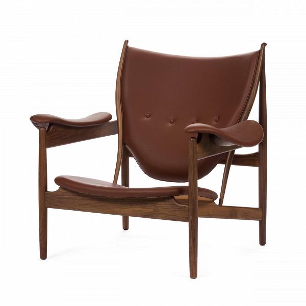 Кресло ChieftainsИнтерьерные<br>Дизайнерское коричневое эргономичное легкое кресло Chieftains (Чифтенс) из дерева и кожи от Cosmo (Космо).<br><br><br> Кресло Chieftains, разработанное Финном Юлем, датским дизайнером, доВсих пор остается знаковым предметом воВвсем дизайне мебели и одним из абсолютных шедевров Финна Юля, созданным на пике его карьеры. Скульптурная форма кресла ChieftainsВ— это то, что иВделает Финна Юля одним из самых самобытных творцов. Его шедевры из 1940-х годов, и особенно кресло Chieftain...<br><br>stock: 1<br>Высота: 93,5<br>Высота сиденья: 35,5<br>Ширина: 98,5<br>Глубина: 89,5<br>Материал каркаса: Массив ореха<br>Тип материала каркаса: Дерево<br>Коллекция ткани: Deluxe<br>Тип материала обивки: Кожа<br>Цвет обивки: Коричневый<br>Цвет каркаса: Орех американский<br>Дизайнер: Finn Juhl
