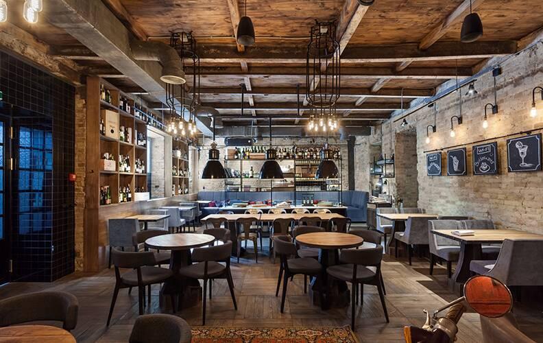 Колоритный бар-лофт Bottega wine & tapas