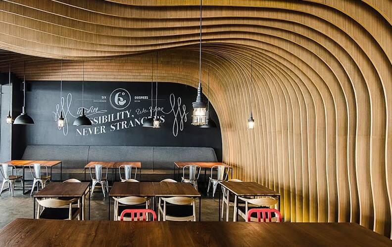 Интерьер «кафе-пещеры» Six Degrees