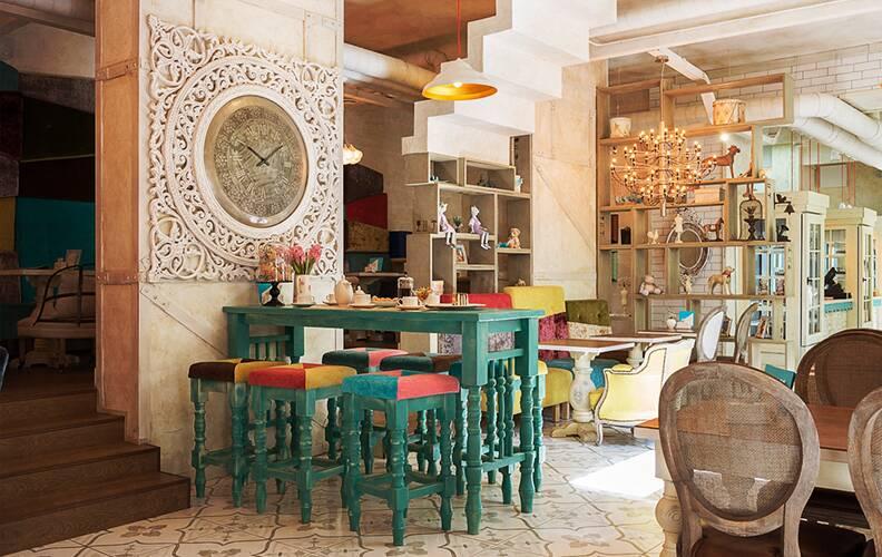 Интерьер кафе «Мечтать» в Кемерово