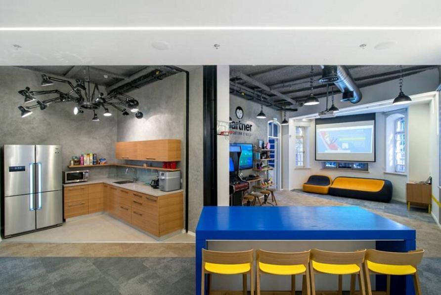 Геометрия правит интерьером: интерьер центра инноваций в Тель-Авиве