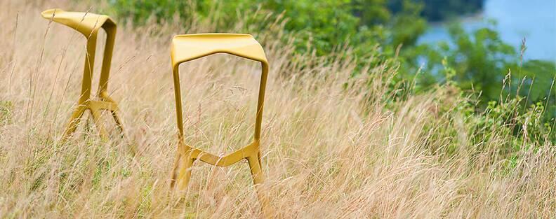 Абсолютный минимализм в действии. Барный стул Miura от Константина Грчича