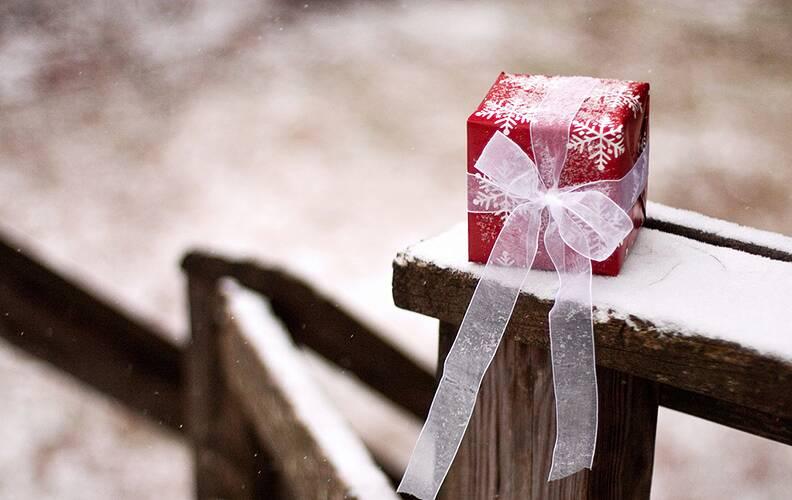 10 полезных подарков для тех, у кого есть всё!