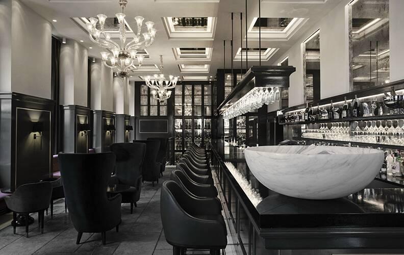 Бар-отель Balthazar.